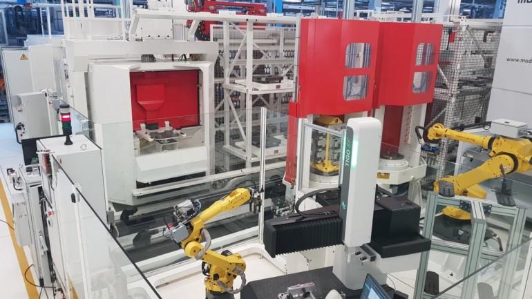 2018 <span>Robot integration manufacturing system</span>